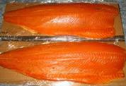 Bandes de saumon fumé